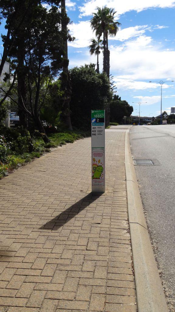 mittelgroße Bushaltestelle in Australien