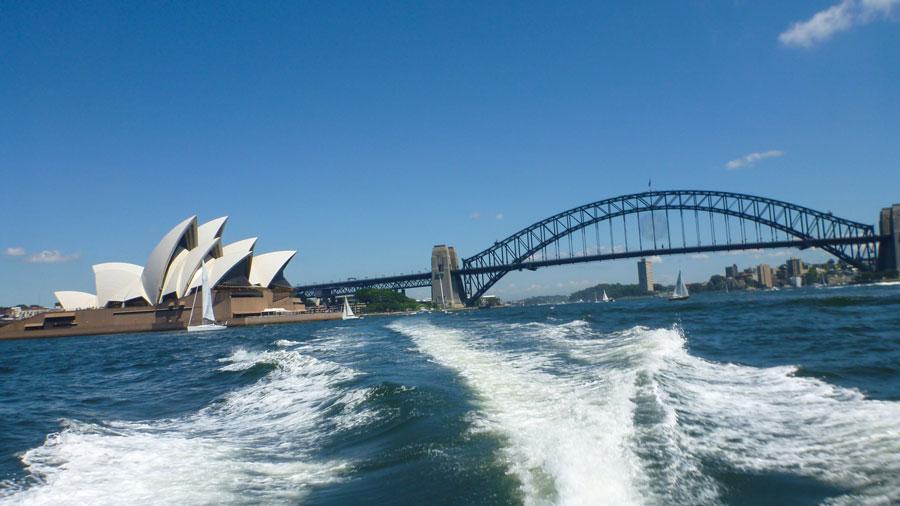 Oper und Harbour Bridge in Sydney, Australien Ostküste
