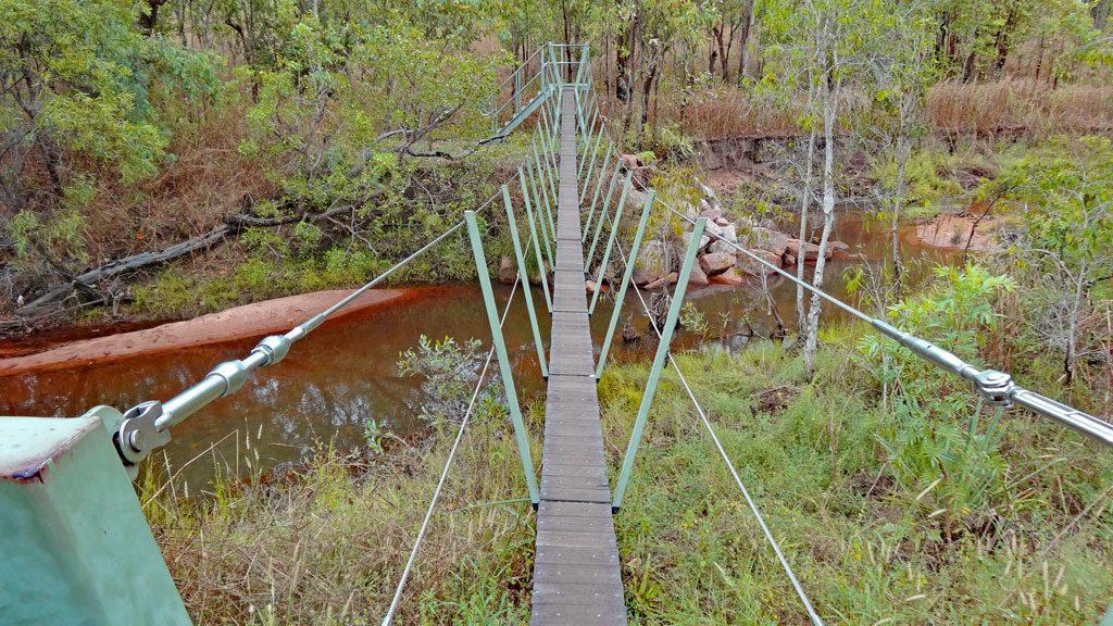 Hängebrücke bei den Yurmikmik Walks