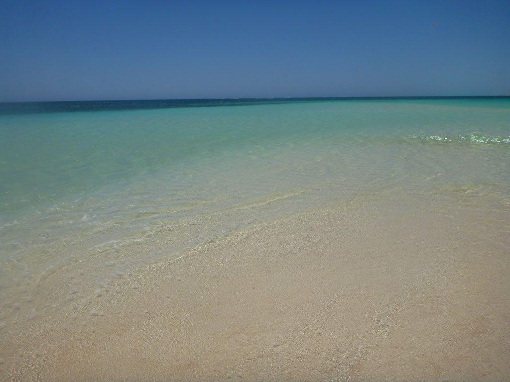 Türkisfarbenes Wasser in der Turquoise Bay