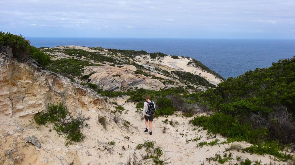 sandiger Abschnitt auf dem Bald Head Walk im Torndirrup Nationalpark