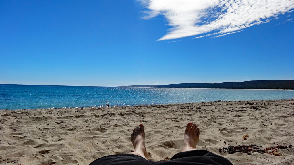 Relaxing am Strand von Hamelin Bay