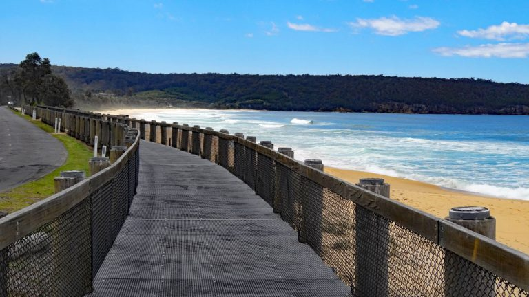 Aslings Beach Promenade, Eden, New South Wales, Australien