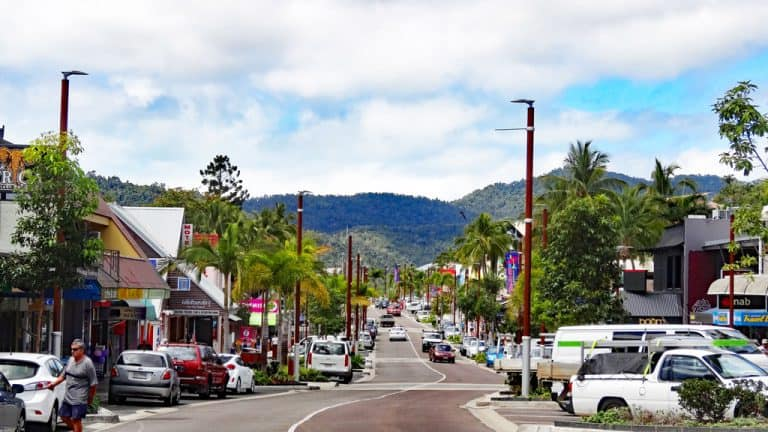Shute Harbour road, Airlie Beach, Queensland Australien
