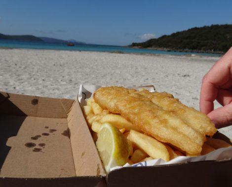 Fish und Chips am Strand Australien